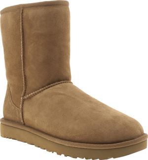 Plush Sheepskin Ugg Classic Short Ii Boots with Treadlite Sole