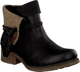 Fashionable Rieker's Short Black Boots with Leather Upper