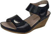 BLACK WEDGE SANDAL W/ BUTTONS