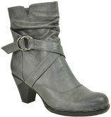 SHORT BOOT CRISS CROSS BUCKLE